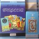 Il libro dei tarocchi più carte
